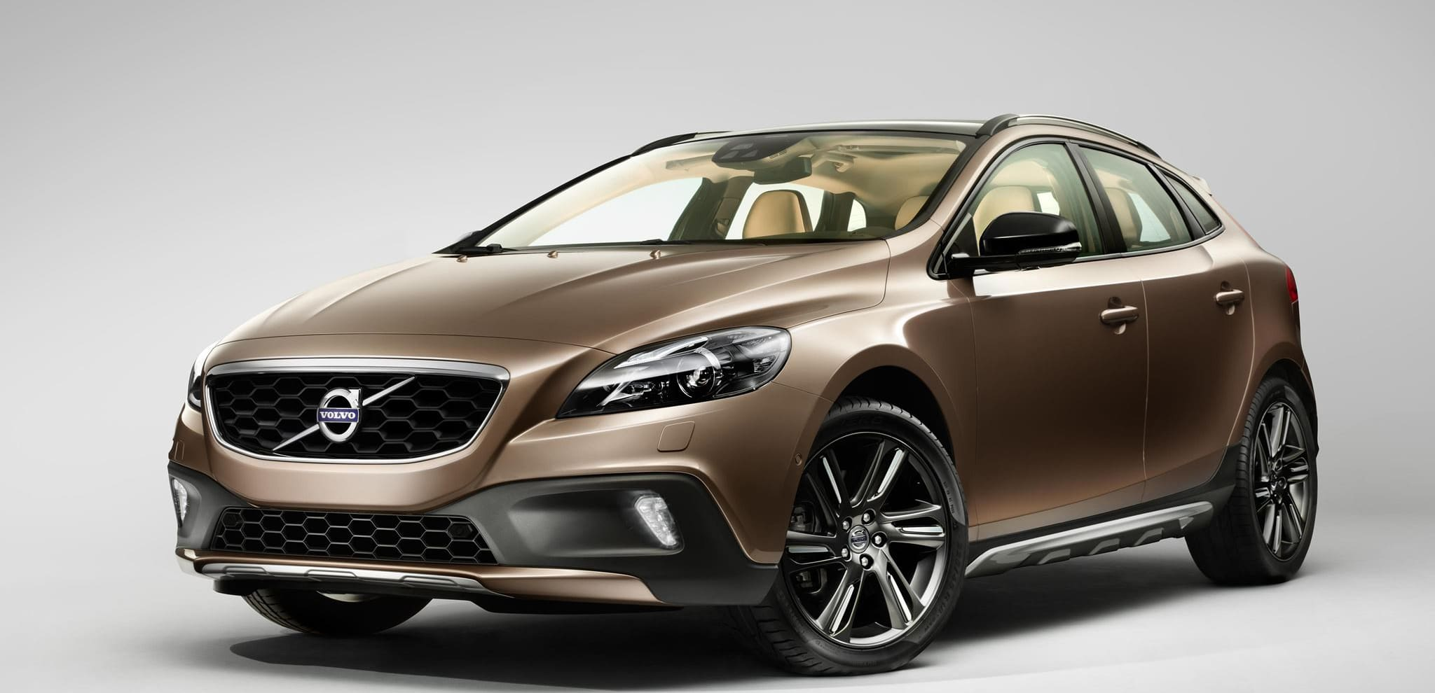 Volvo V40 Cross Country Range – Volvo